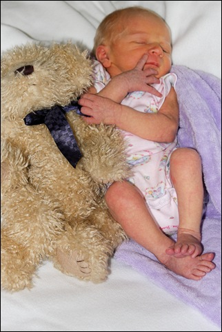 Sara Teddy bear Newborn 4 days old-2 Final-2