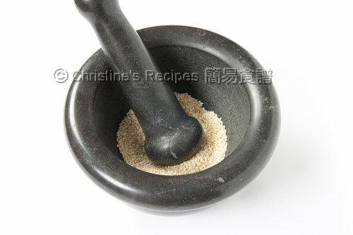 Grinding Sesame