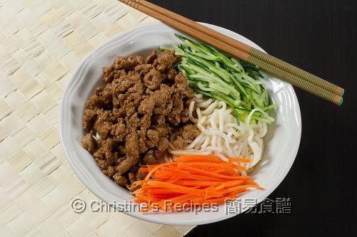 Shanghai Zha Jiang Noodles 炸醬麵02