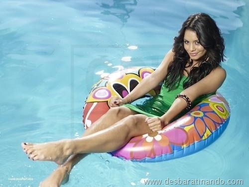 Vanessa Hudgens linda sensual e gata desbaratinando (25)