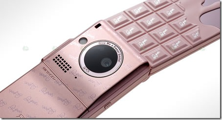 Melty_chocolate_phones3