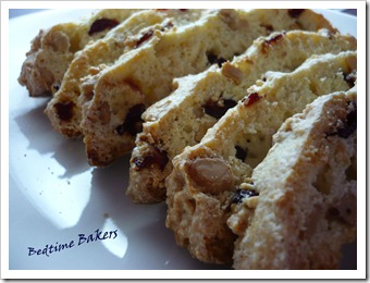 Cranberry Cashew Biscoti
