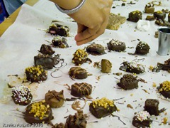CocoaBoxChocMaking-3796