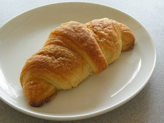 croissant_100321_1-s.JPG