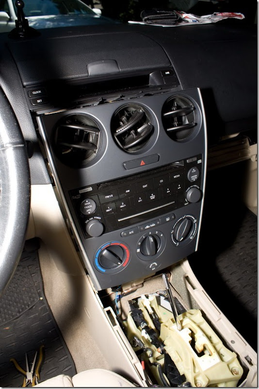Mazda 6 - XCarLink iPod adapter