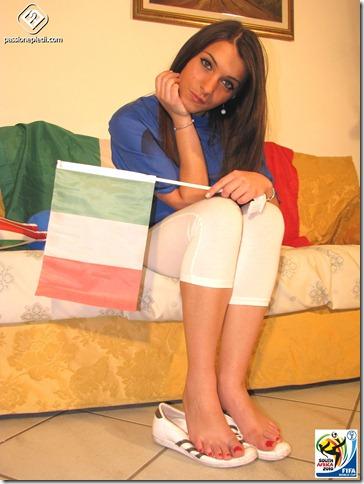 Passione-Piedi-Valentina-Calciatrice01-24