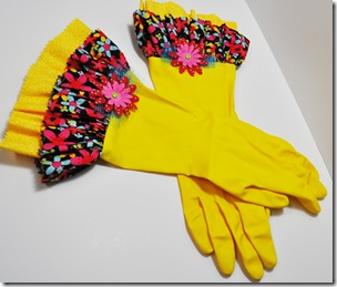 RUBBER GLOVES3