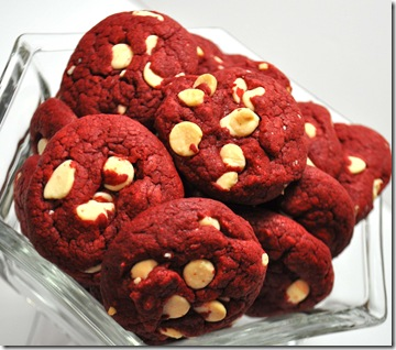 RED VELVET COOKIES
