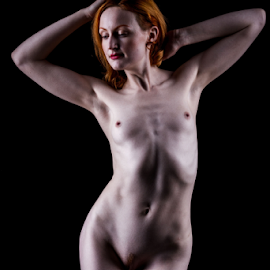 hot curves by Paul Phull - Nudes & Boudoir Artistic Nude ( body, art nude, artistic, shadows, curves )