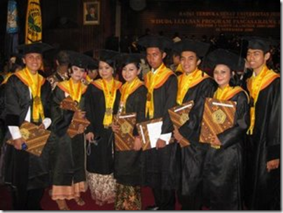 Niar's graduation one