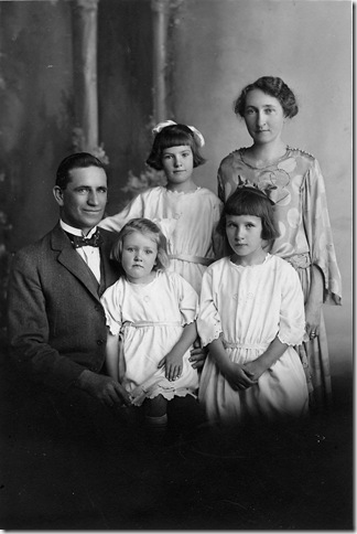 Drummond Family c1922
