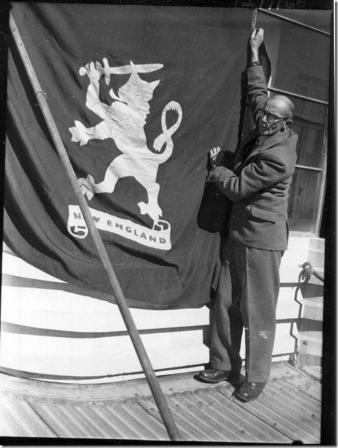 AE1279-60-New-State-Flag-2