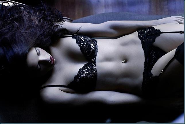 adriana-lima-lingerie3
