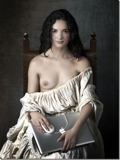 mariano_vargas- mujer_joven_con_portatil