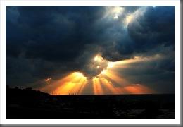 Sun_Rays_by_Hamrani