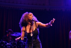 Leela James live at Paradiso by cdp 010