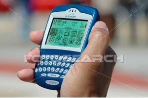 [blackberry-hand[7].jpg]