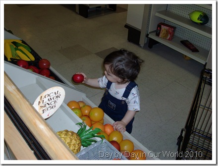 J shops for fruit