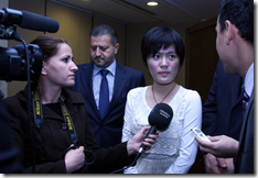 GM Hou Yifan interviewed by the media