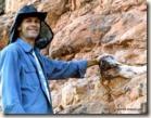 William Nava escavando 2