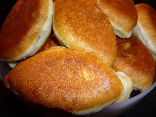 Горячие пирожки с мясом