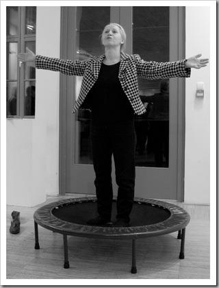 (A kép a művésznő születésnapi kiállításán készült, 2008. november 21-én, Pesthidegkúton.)