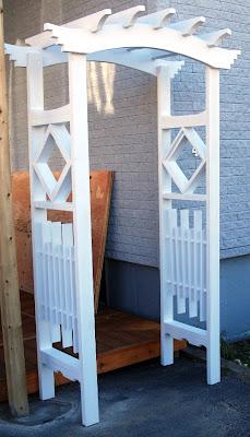 la r f rence en b nisterie une tonnelle fait maison 1 1. Black Bedroom Furniture Sets. Home Design Ideas