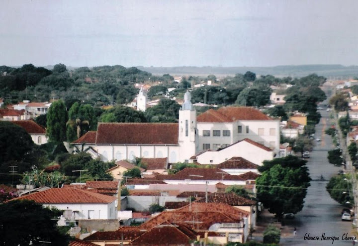 Araguari, a bela do Triângulo Mineiro Zrn_fK-g