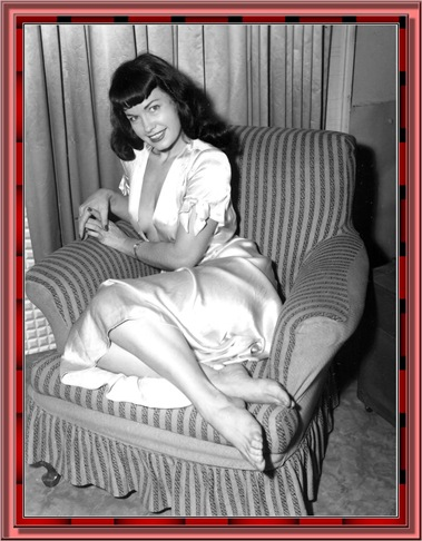 betty_page_(klaws)_001