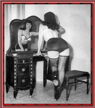 betty_page_(klaws)_210