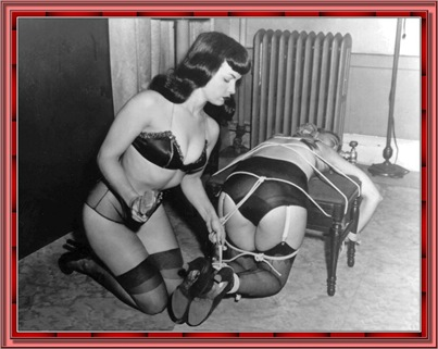 betty_page_(klaws)_083