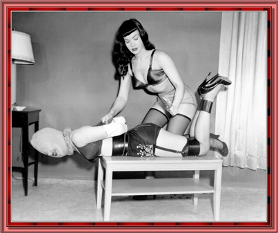 betty_page_(klaws)_084