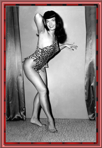 betty_page_(klaws)_044