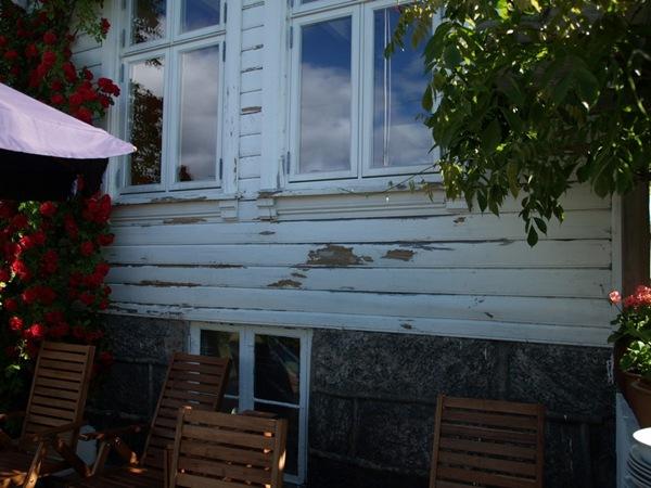2010-06-30 Huset klart for maling (1)
