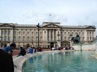Buckingham Palace (gostava de aqui morar se houvesse praia perto. Não tem, não moro!)