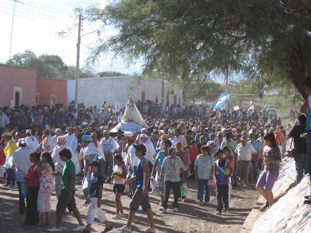 LEJARRETA EN LOS ANDES (2009) 31%2Cprocesion%20Virgen%20Andacollo