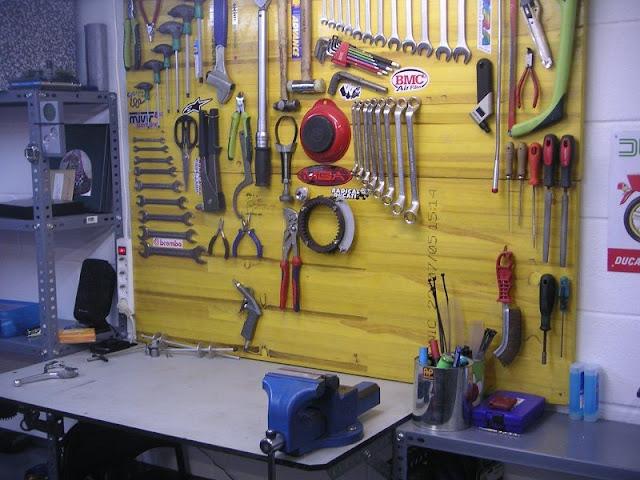 Curso de desmomeccanica 2 4 el taller otros elementos - Tablero para herramientas ...