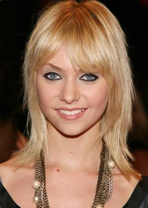 layered shaggy hairstyles. Medium Layered Shag Hairstyle
