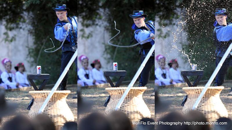 IMAGE: http://lh5.ggpht.com/_WsLuAe3fKfg/TMzX-_ex5KI/AAAAAAAANps/r6robVR-7i4/s800/2010-10-30.JPG