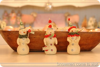 Snowmen decorate the table