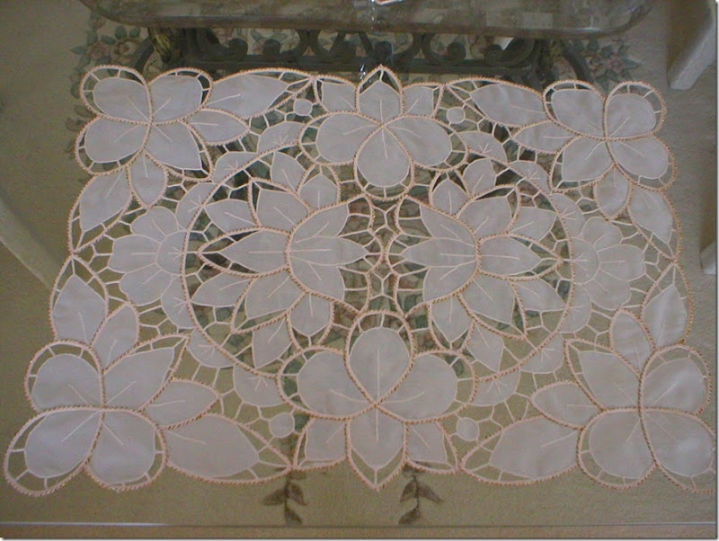 TT Lace placemat, II