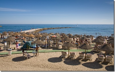 Marbella_Beach,_Costa_Del_Sol,_Spain_-_Sept_2008