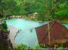 kolam atas