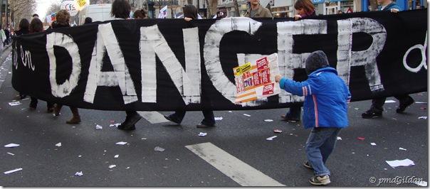 Dans la rue, 'L'école publique est en danger'