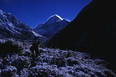 mt-cook-hooker-valley-in-wi.jpg