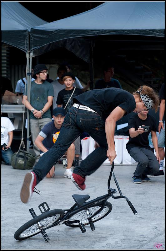 挑戰人體最大極限BMX(37P)