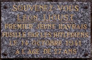 stèle léon lioust 250