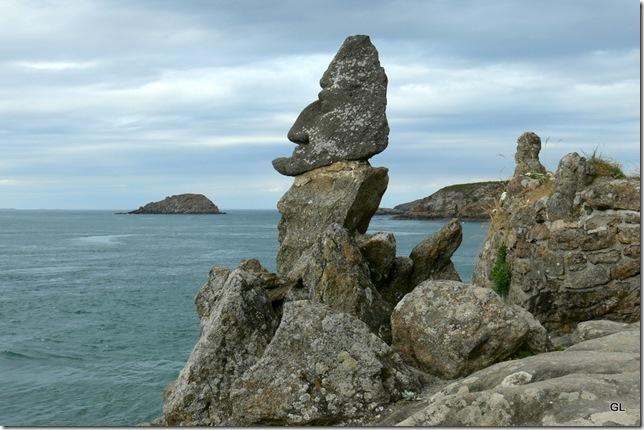 St Malo Rochers sculptés 021