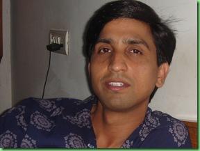 dr.kumar-vishwas_07