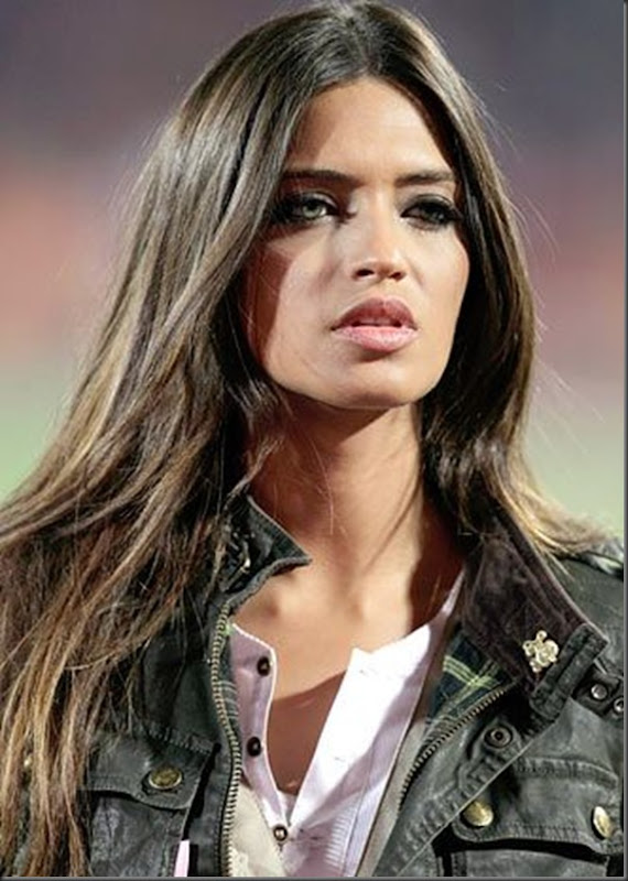 Paraguai x Espanha Sara Carbonero  e a  Larissa Riquelme (1)
